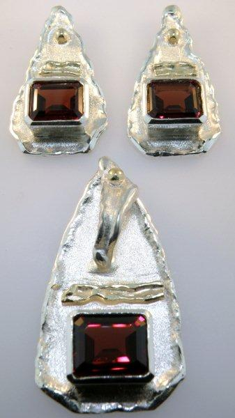 Mozambique Garnet Pendant and Earrings